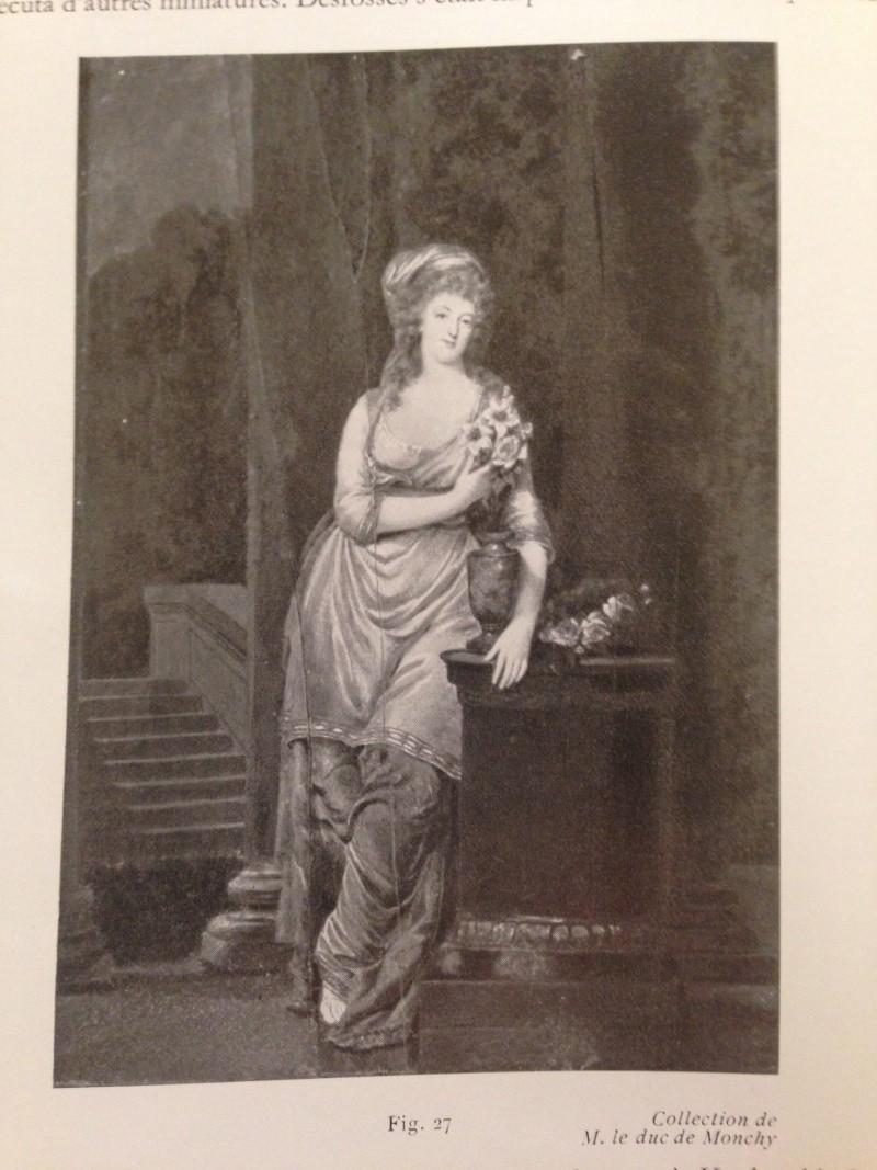 Portraits de Marie-Antoinette costumée à l'antique, ou en vestale, par et d'après F. Dumont  Img_0315
