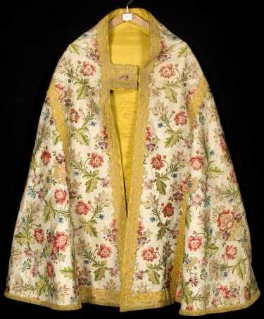"""Résultat de recherche d'images pour """"chasuble robe Marie-Antoinette"""""""