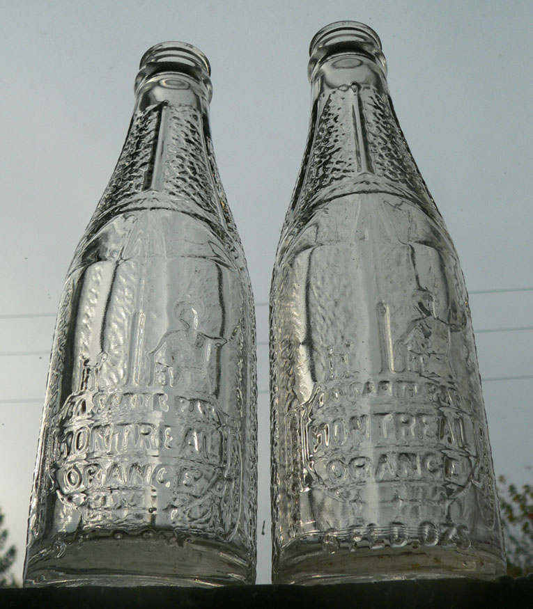 """2 bouteilles de liqueur Art-Deco """"La santé par Montréal Orange"""" embossées - 6oz Mtlora10"""