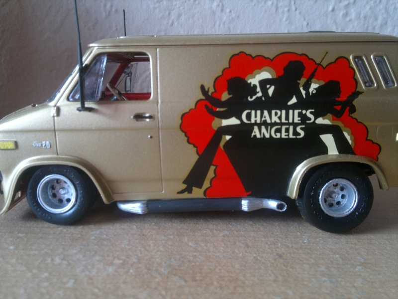 Revell Chevy Van 1:25 ehemals 3 Engel für Charlie 02052010