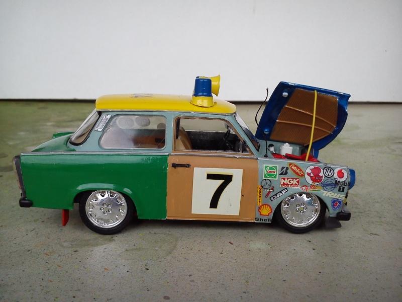 """Trabant 601 S Deluxe """"Ratte"""", Revell 1:24 Dsc_0419"""