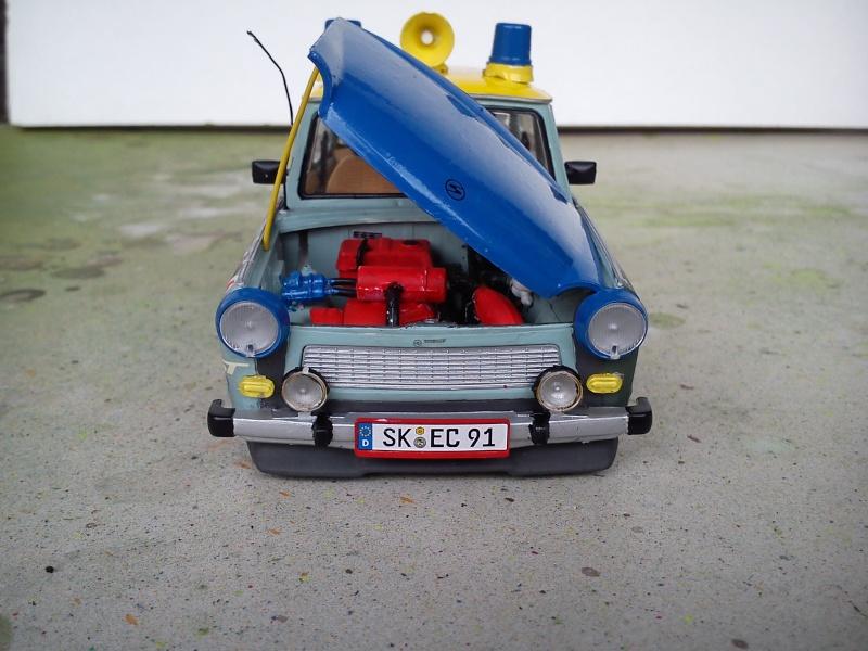 """Trabant 601 S Deluxe """"Ratte"""", Revell 1:24 Dsc_0420"""