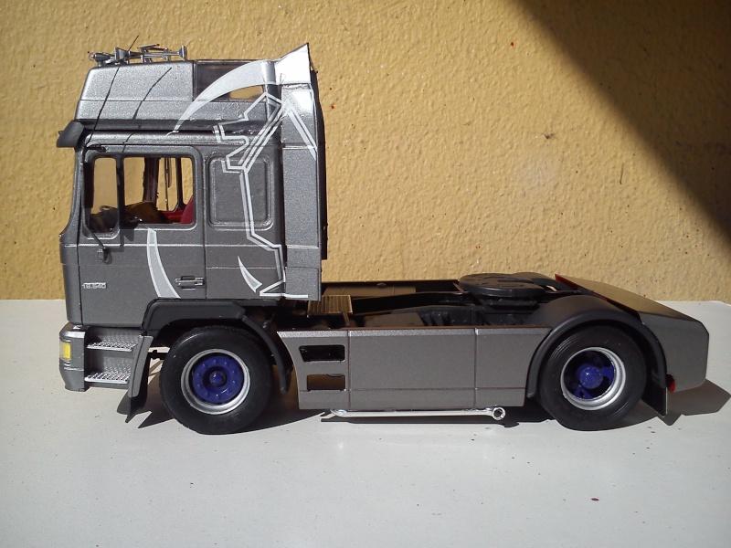 Revell MAN F2000 EVO Dsc_1211