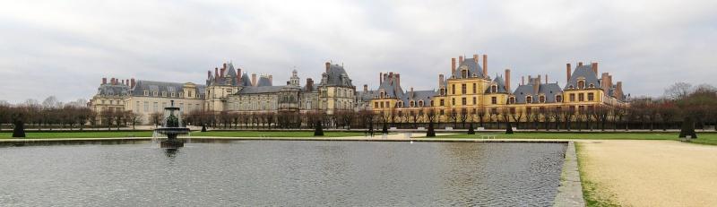 L'Arabisation de la FRANCE est en marche...Le théâtre Napoléon de Fontainebleau vient d'être inauguré sous le nom de  «Cheikh Khalifa ben Zayed Al Nahyane », l'actuel émir d'Abou Dabi ! Fontai10