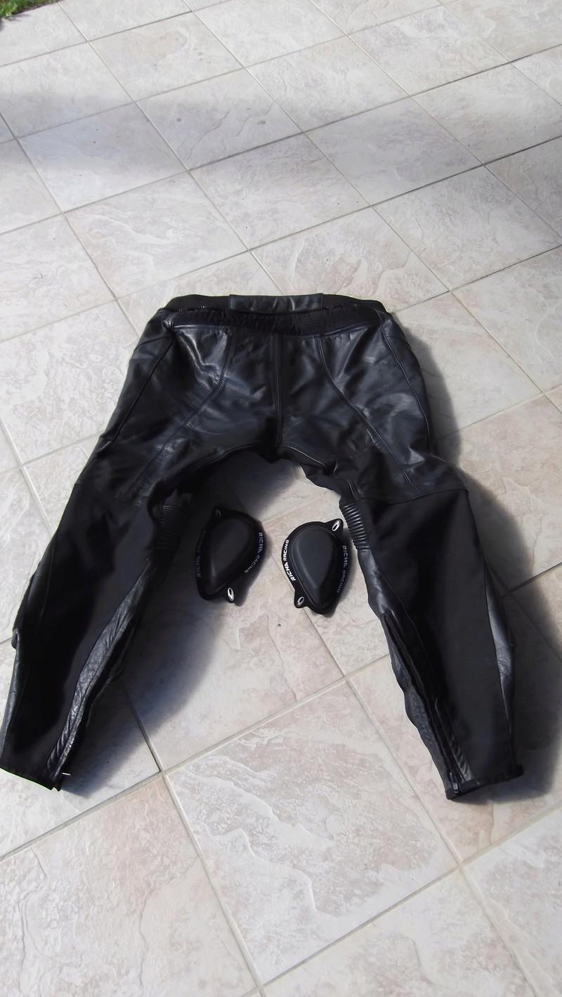 Vends pantalon cuir Richa taille 56 (48 en taille française) Dscf0022