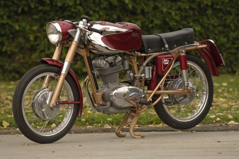 Ici on balance les Monos Ducati - Page 7 14610710