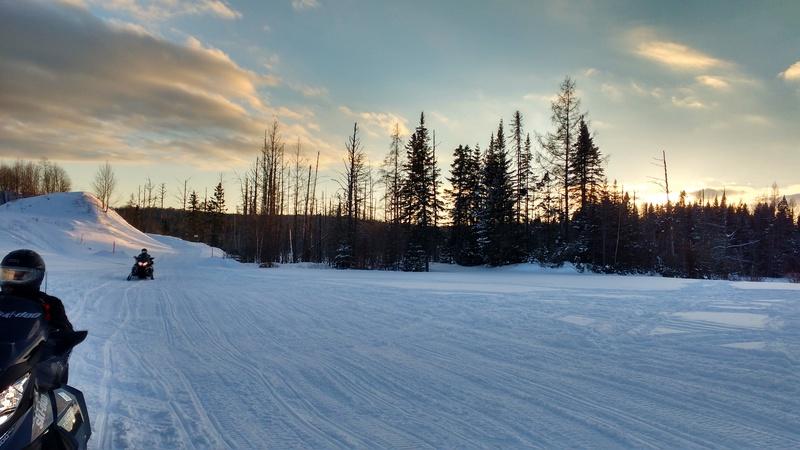 Quelques photos d'hiver! Img_2010