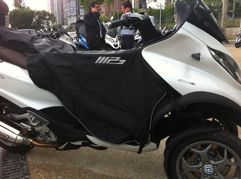 Ovo essaie le nouveau Mp3 500 LT 2014 ABS/ASR Img_1111