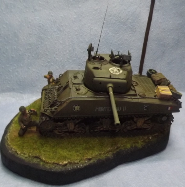 italeri  M4 A3 (76) Coup_d13