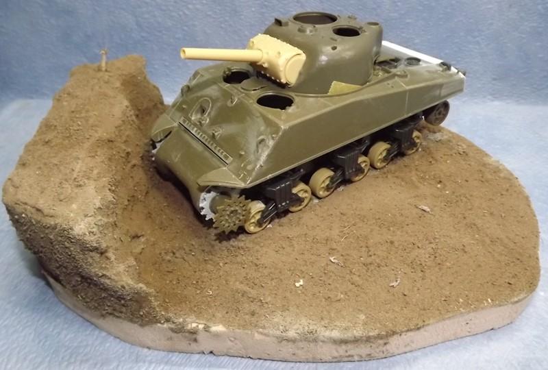 sherman M4 105mm [Italeri, 1/35] Debut_13