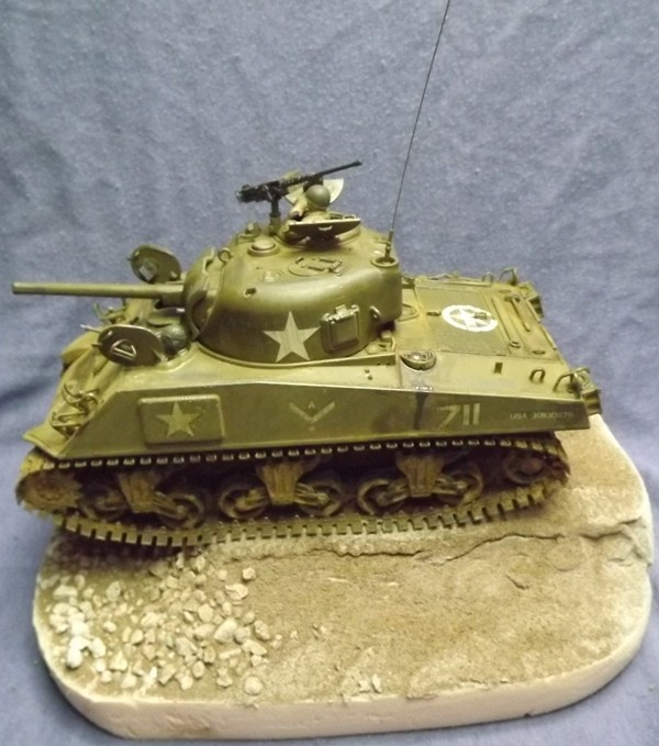 M4 A3 CALIOPE (italeri 1/35 ) sauvé de la destruction Dio_112