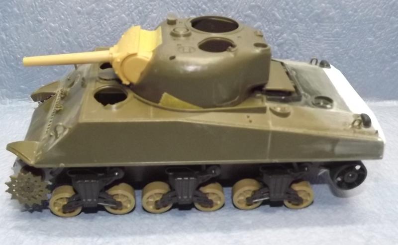 sherman M4 105mm [Italeri, 1/35] Dscf7330
