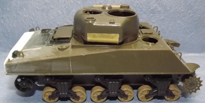 sherman M4 105mm [Italeri, 1/35] Dscf7332