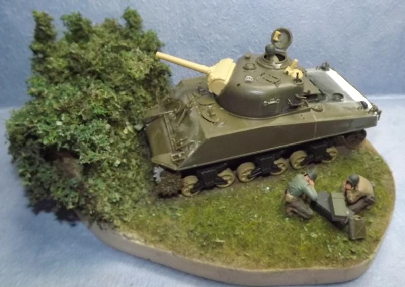 sherman M4 105mm [Italeri, 1/35] - Page 2 Dscf7448