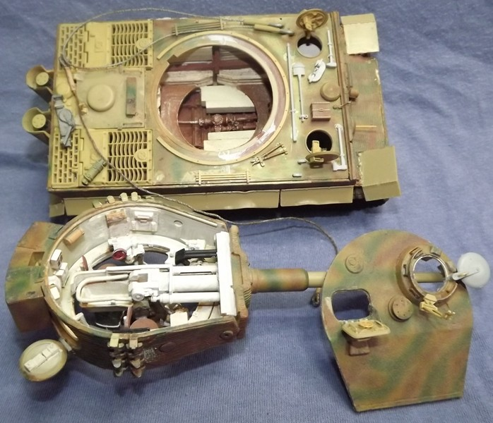 Tigre I tamiya avec intérieur tank workshop 1/35 Dscf7835
