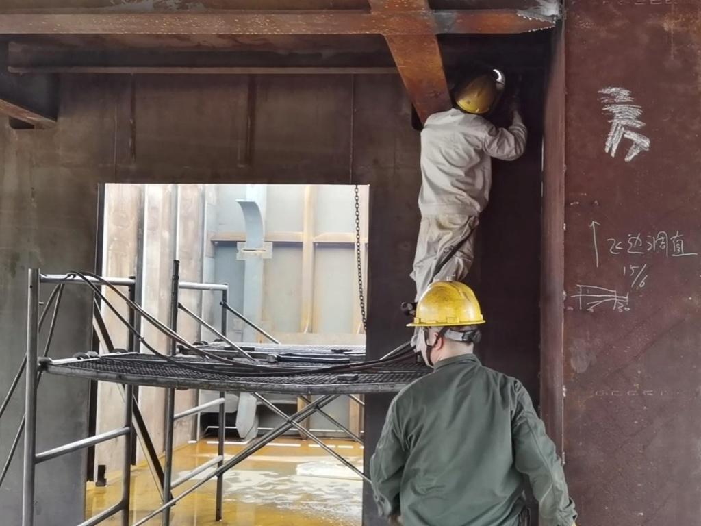 Construction d'une réplique du Titanic en Chine - Page 7 Chine111
