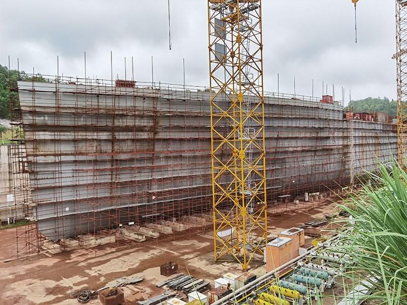Construction d'une réplique du Titanic en Chine - Page 7 Chine220