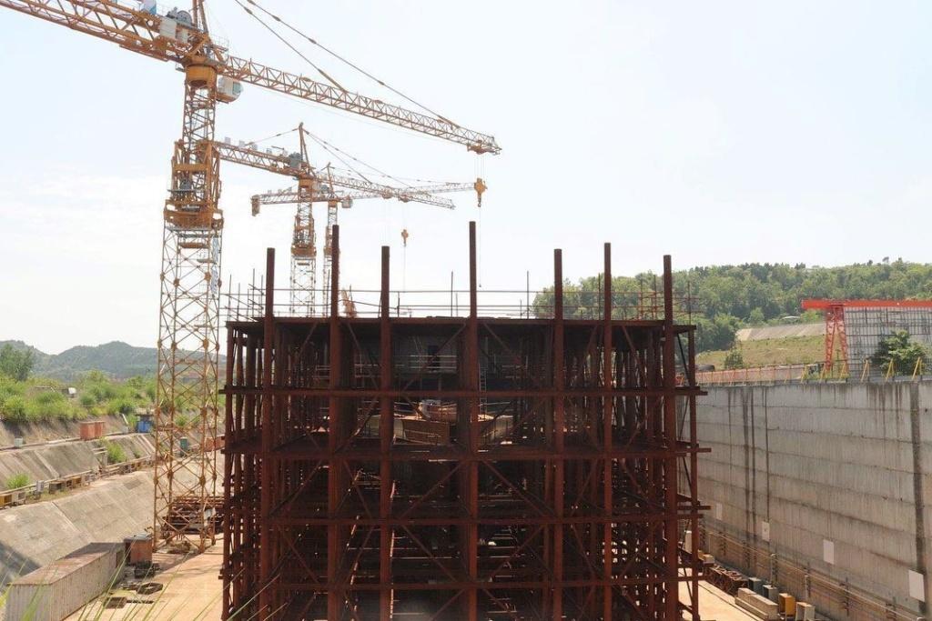 Construction d'une réplique du Titanic en Chine - Page 7 Chine310