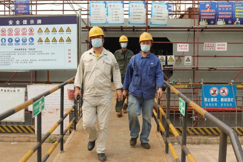 Construction d'une réplique du Titanic en Chine - Page 7 Chine810