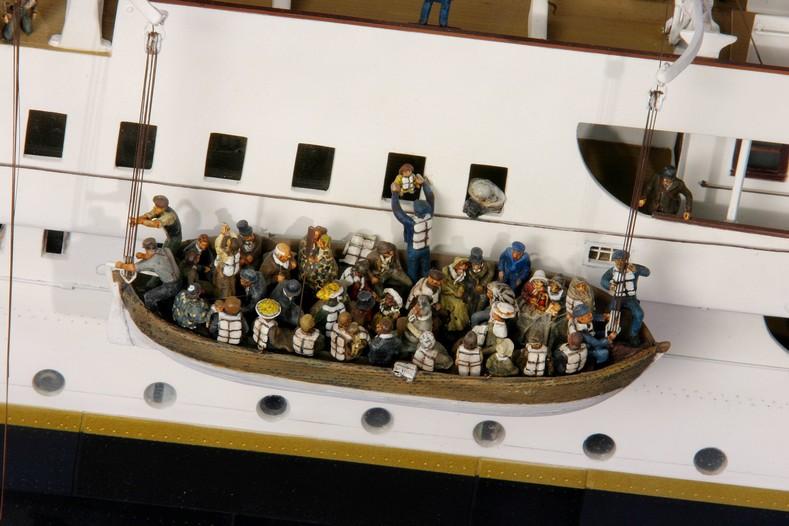 Maquette du Titanic - Page 10 Maquet13