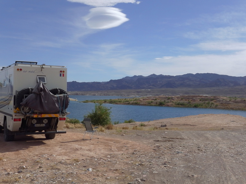 BIVOUAC AU LAKE MEAD Imga0511