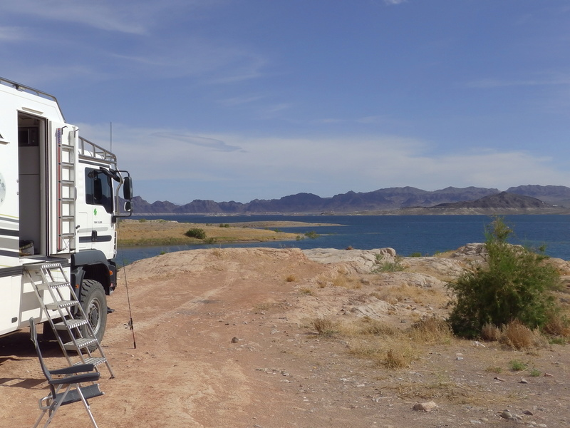 BIVOUAC AU LAKE MEAD Imga0512