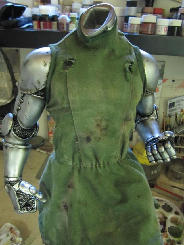 Dr Doom PF Sideshow repaint et custom. Img_0912