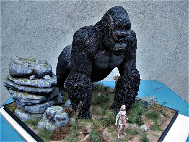 King Kong diorama. Kong410