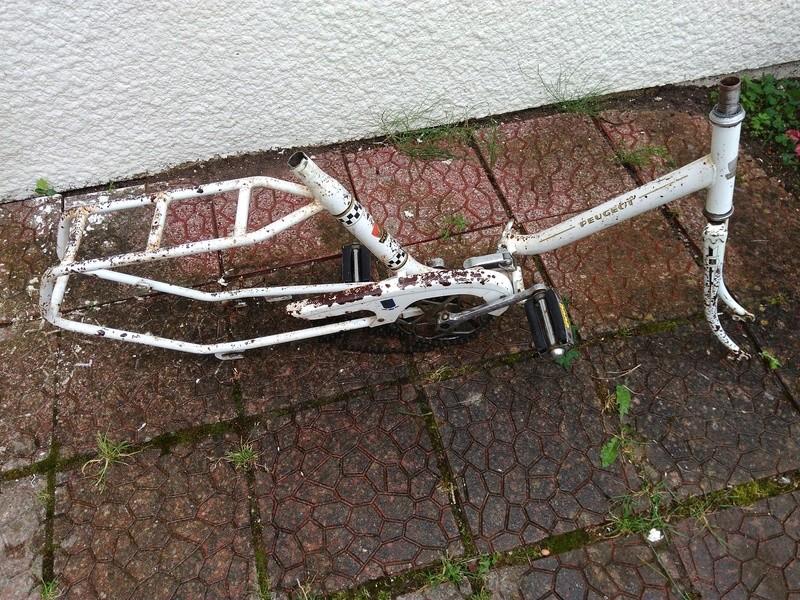 Mini Peugeot D40, transformation en vélo de jardin Img_2023