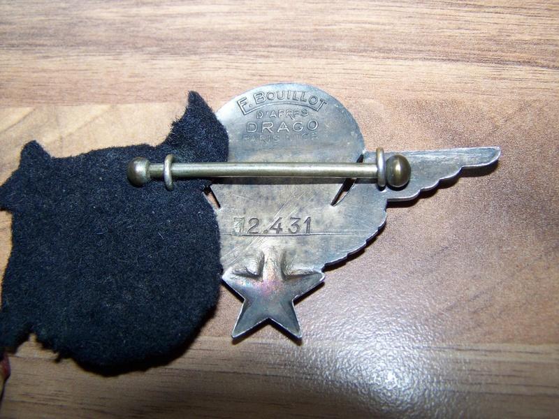 2 brevets de parachutiste et un sifflet 00415