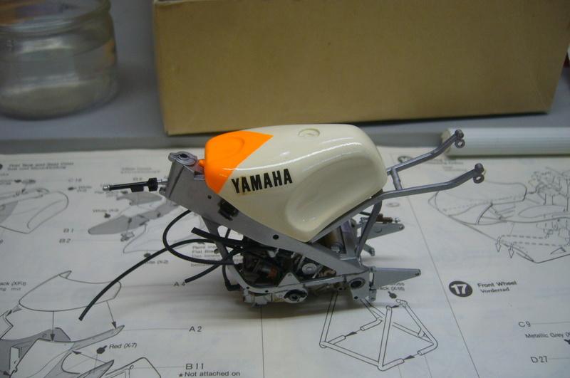 Yamaha YZR 500 cc  OWB70. Tamiya 1/12° P1220146