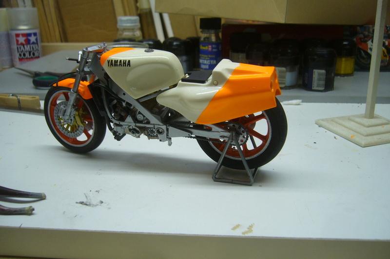 Yamaha YZR 500 cc  OWB70. Tamiya 1/12° - Page 2 P1220271
