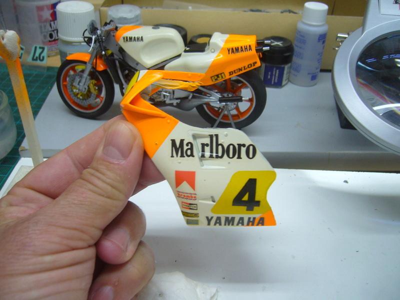 Yamaha YZR 500 cc  OWB70. Tamiya 1/12° - Page 2 P1230155