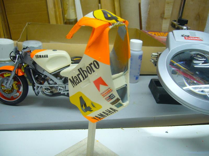 Yamaha YZR 500 cc  OWB70. Tamiya 1/12° - Page 2 P1230159