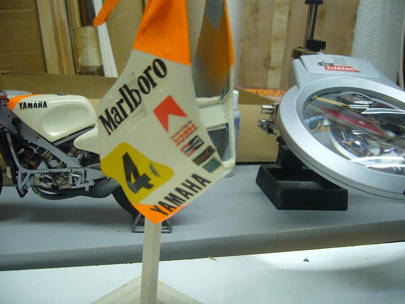 Yamaha YZR 500 cc  OWB70. Tamiya 1/12° - Page 2 P1230212
