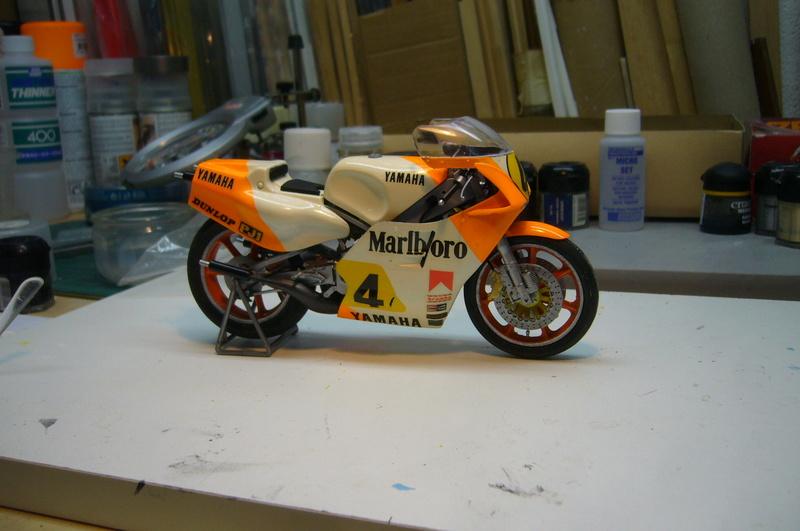 Yamaha YZR 500 cc  OWB70. Tamiya 1/12° - Page 2 P1230225