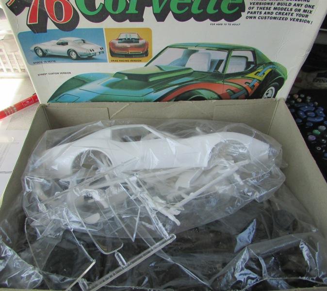 Mon dernier achat, une Corvette 1976 MPC au 1/20 00313