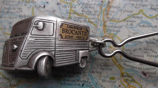 Adieu brocanteur !.. S2840010