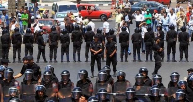 نص مشروع (قانون التظاهر)الذي أقره الرئيس المؤقت عدلي منصور يوم  الأحد الموافق ٢٤ نوفمبر ٢٠١٣ م 324