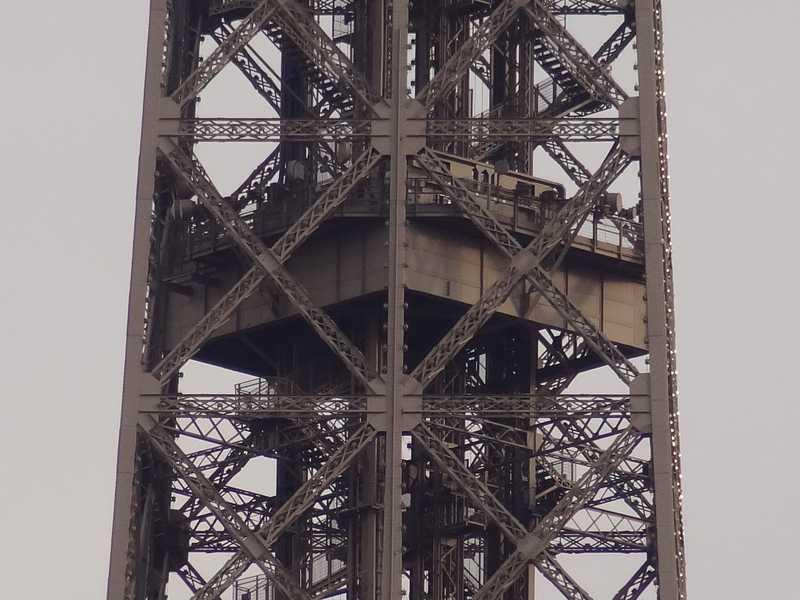 Projet de réalisation de l'étage intermédiaire entre 2ème et 3ème étage de la Tour Eiffel Etage-10