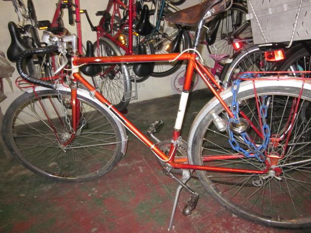 Vélo de randonnée ou d'évacuation pour très petit budget  Randon10