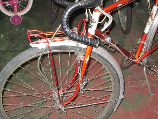 Vélo de randonnée ou d'évacuation pour très petit budget  Randon11