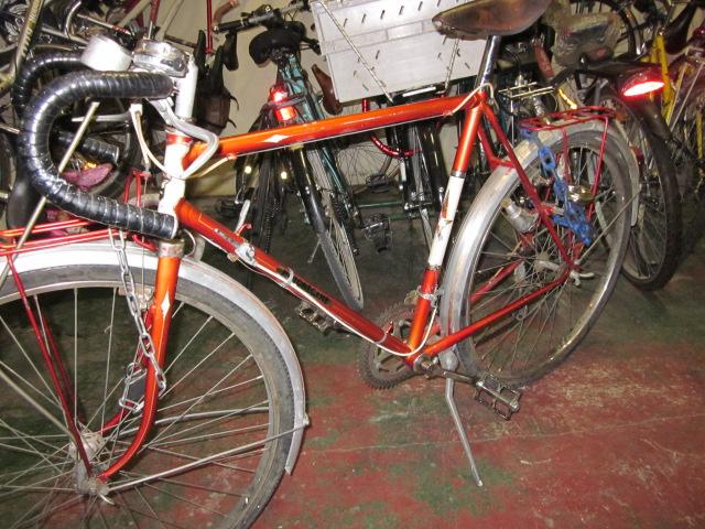 Vélo de randonnée ou d'évacuation pour très petit budget  Randon12
