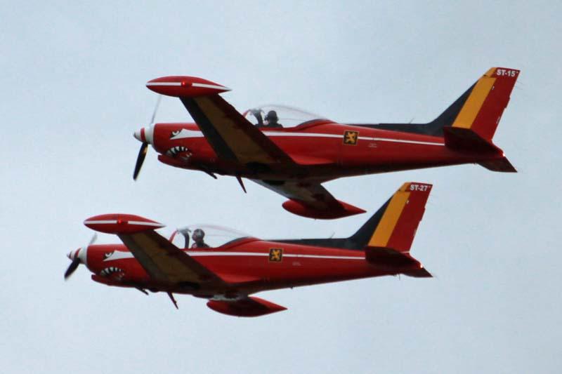Défilé aérien : inauguration nouvel OTAN Red_de10