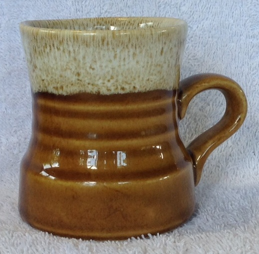 Different Glazes on Crown Lynn Four Digit Mugs (titianware etc) 122210