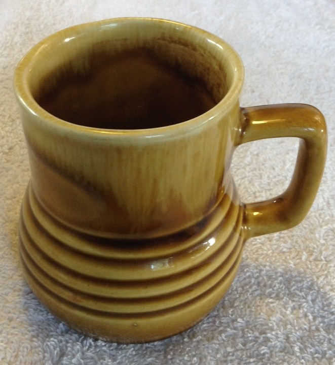 Different Glazes on Crown Lynn Four Digit Mugs (titianware etc) 1242ho10