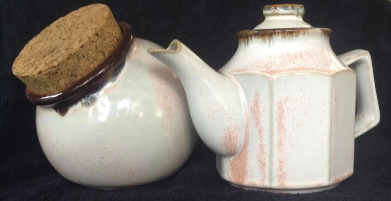 Clay Craft or Kiln Craft Spherical Corked Canisters Cccctp10