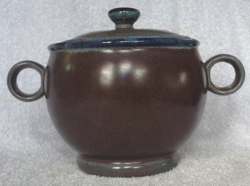 ring-handled casserole Clay Craft Cchand10