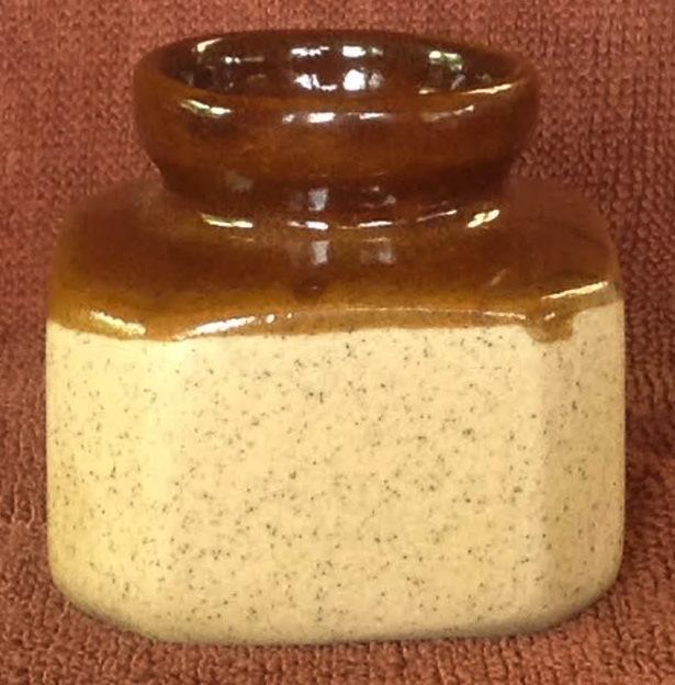 Orzel/Adelaar Ink Pot (or maybe just packaging) Ink10