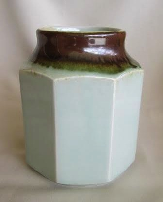 Clay Craft, smaller octagonal canister Small_10